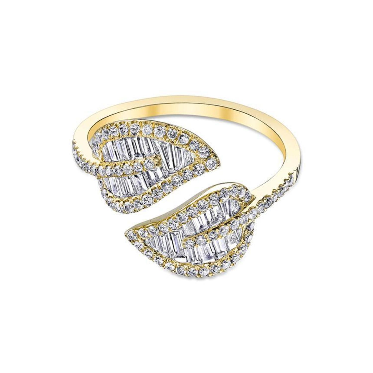 Yellow Gold Small Leaf Ring