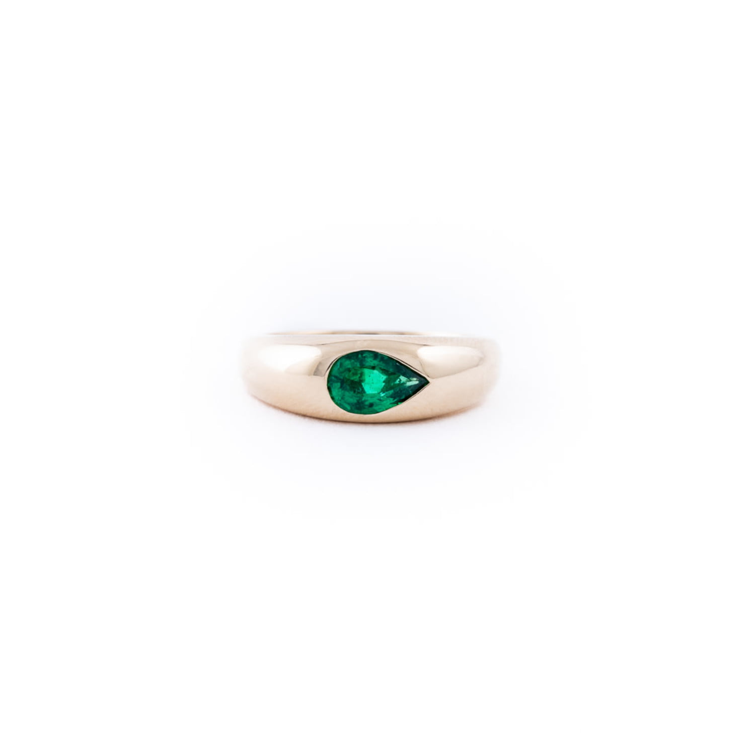Pear Shaped Emerald Dome Ring In 14K Yellow Gold