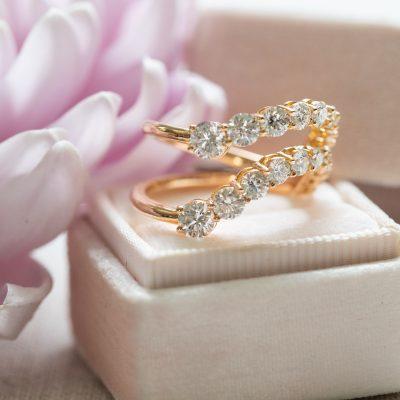 Lola Cuff in Emerald and Diamond in Yellow Gold